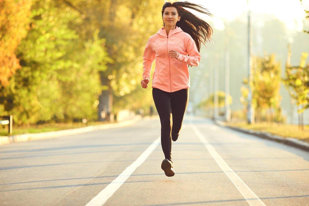 Beneficiul Antrenamentelor Acasă și în Parcuri