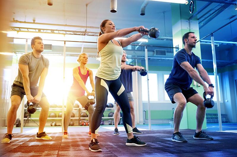Ce sunt antrenamentele de grup PERZONALIZATE și prin ce diferă de cele obișnuite?